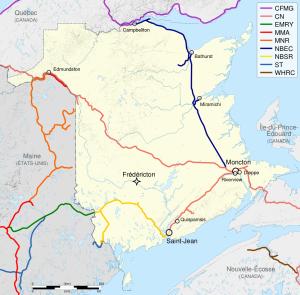 Le réseau ferroviaire actuel au Nouveau-Brunswick. Le trajet de Cmapbellton à Moncton est en bleu foncé, celui de Moncton à Halifax est de couleur saumon.
